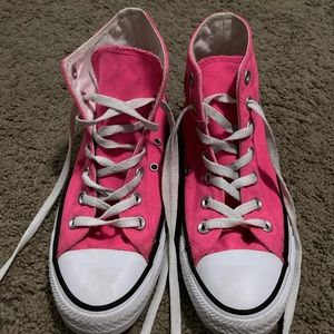 Pink Converse Shoes 🍬